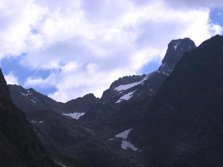 Foto: Andreas Koller / Kletter Tour / Überschreitung der Madatschtürme (2837m) / Die formschöne Rofelewand (3353 m) / 16.07.2009 17:43:12