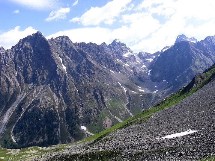 Foto: Andreas Koller / Kletter Tour / Überschreitung der Madatschtürme (2837m) / Blick zum Gsallkopf (3278 m) und zur Rofelewand (3353 m) / 16.07.2009 17:39:39