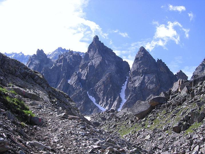 Foto: Andreas Koller / Kletter Tour / Überschreitung der Madatschtürme (2837m) / Die Madatschtürme in voller Pracht / 16.07.2009 17:38:58