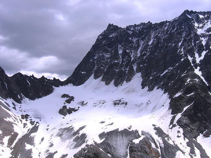 Foto: Andreas Koller / Kletter Tour / Überschreitung der Madatschtürme (2837m) / Watzespitze (3532 m), Madatschjoch und Madatschferner / 16.07.2009 17:27:19