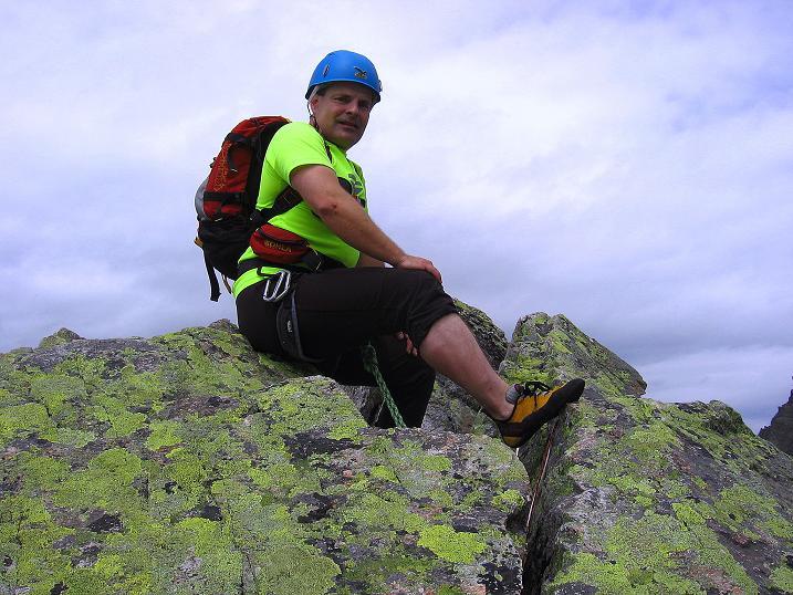 Foto: Andreas Koller / Kletter Tour / Überschreitung der Madatschtürme (2837m) / Am Gipfel des Mittlerern Madatschturms / 16.07.2009 17:26:54