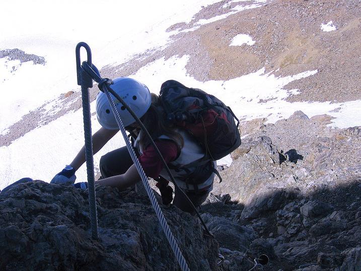 Foto: Andreas Koller / Klettersteig Tour / Klettersteig Piz Trovat (3146m) / hoch über dem Persgletscher / 18.07.2009 00:12:56