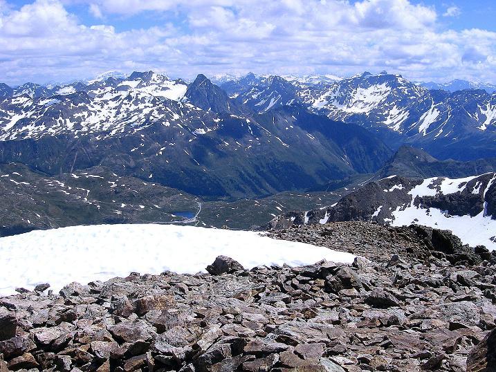 Foto: Andreas Koller / Klettersteig Tour / Klettersteig Piz Trovat (3146m) / Der Blick reicht bis zum Ortler (3905 m) / 18.07.2009 00:06:18