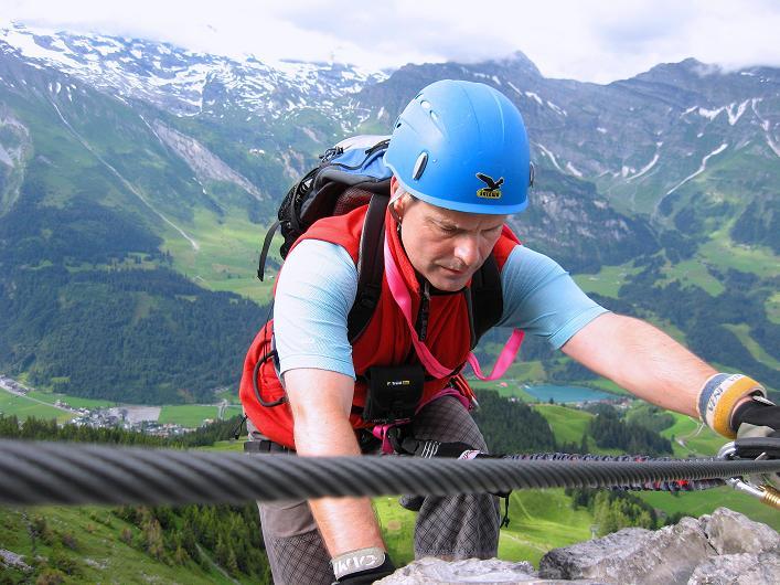 Foto: Andreas Koller / Klettersteig Tour / Klettersteig Brunnistöckli (2030m) / Annäherung an die erste Brücke / 15.07.2009 02:13:38