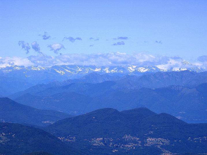 Foto: Andreas Koller / Klettersteig Tour / Via ferrata Angelino (1701 m) / Die Walliser Alpen in der Ferne / 16.07.2009 23:29:08