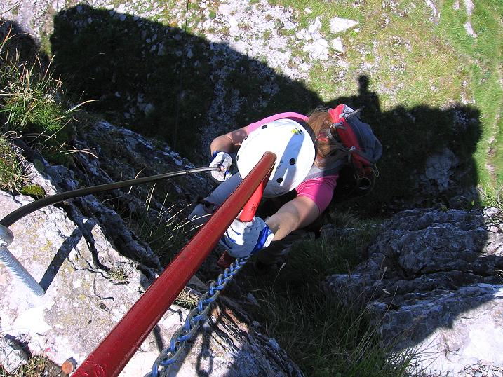 Foto: Andreas Koller / Klettersteig Tour / Via ferrata Angelino (1701 m) / Senrechte Wandstelle ohne künstliche Tritte / 16.07.2009 23:21:12