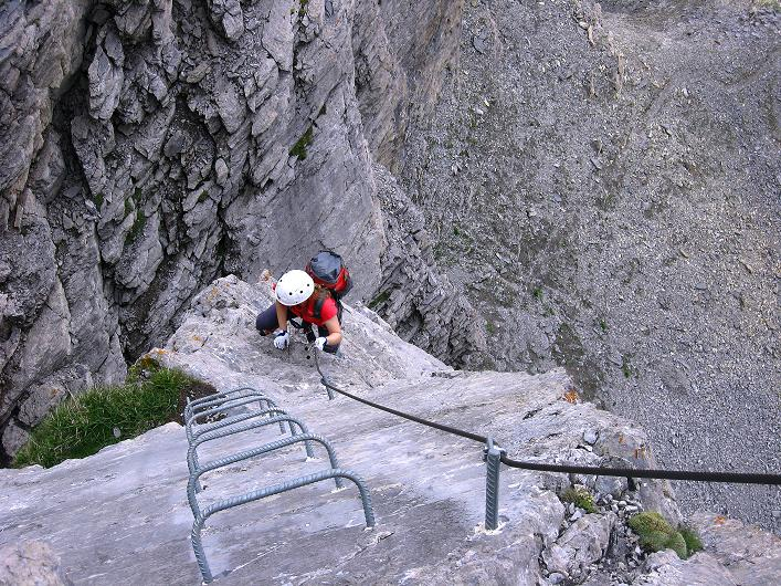 Foto: Andreas Koller / Klettersteig Tour / Klettersteig Graustock (2662 m) / Im oberen Bereich des Pfeilers / 15.07.2009 23:48:42