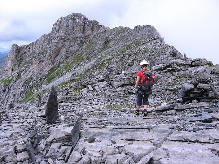 Foto: Andreas Koller / Klettersteig Tour / Klettersteig Graustock (2662 m) / Zum luftigen Grat im Gehgelände / 15.07.2009 23:46:48