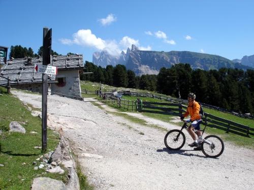 Foto: barbonis / Mountainbike Tour / Rasciesa-Seceda / 16.07.2009 18:30:04