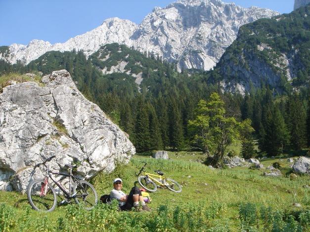 Foto: Manfred Karl / Kletter Tour / Scheffauer Nordwand Ostlerführe / Jetzt kommt der Teil zum Ausrasten! / 17.07.2009 18:44:07