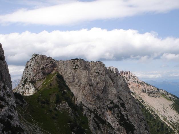 Foto: Manfred Karl / Kletter Tour / Trogkofel, Nordostkante / Bei der Querung zum Einstieg / 17.07.2009 23:08:00