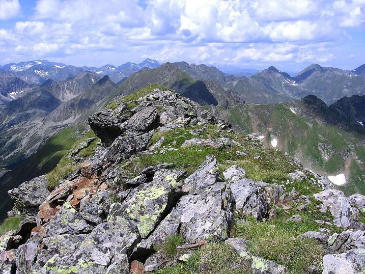 Foto: Andreas Koller / Wander Tour / Schöderkogel über S-Grat und NW-Grat (2500m) / Blick über den N-Grat / 18.07.2009 19:56:13