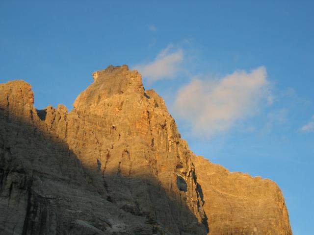 Foto: pepi4813 / Wander Tour / Von der Tribulaunhütte über die Weißwand zur Magdeburger Hütte / Bei der Tribulaunhütte / 18.07.2009 20:18:05