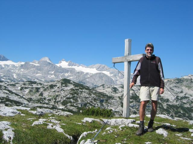 Foto: pepi4813 / Wander Tour / Von der Schönbergalm auf den Däumelkogel / Am Däumelkogel (mit Dachstein) / 18.07.2009 20:37:22