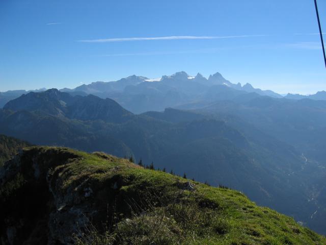 Foto: pepi4813 / Wander Tour / Über die Kalmberg Alm auf die Kalmberge / Blick zum Dachstein / 18.07.2009 21:10:58
