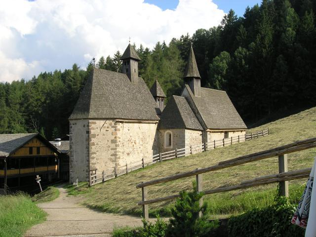 Foto: pepi4813 / Wander Tour / Von Villanders über Dreikirchen zur Villanderer Alm / Dreikirchen / 19.07.2009 20:57:02