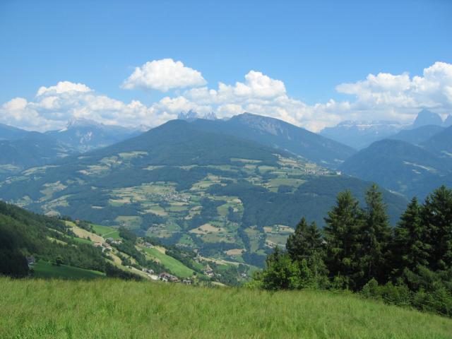 Foto: pepi4813 / Wander Tour / Von Villanders über Dreikirchen zur Villanderer Alm / Aufstieg zur Villanderer Alm / 19.07.2009 20:56:17