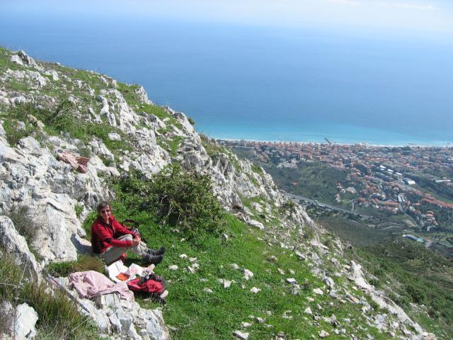 Foto: pepi4813 / Wander Tour / Von Borghetto Santo Spirito auf den Monte Croce / Gipfelrast am Monte Croce / 19.07.2009 21:15:43
