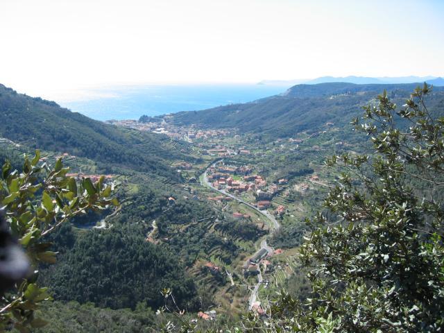 Foto: pepi4813 / Rad Tour / Bike & Hike zur Rocca di Corno / Blick von der Rocca di Corno zum Meer / 19.07.2009 21:33:06