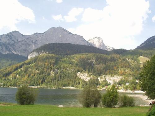 Foto: hofsab / Mountainbike Tour / Ausseer Seentour über Klaushöfl (1198 m) / Ostufer am Grundlsee / 26.08.2009 12:36:13