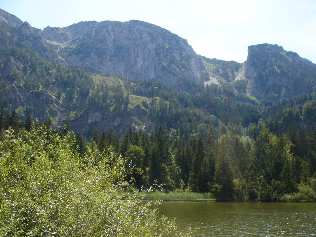 Foto: Manfred Karl / Kletter Tour / Brunnkogel Nordwestgrat / Links Hinteres - rechts Aurachkar mit Abstieg vom Hochleckenkogel / 31.07.2009 20:06:34