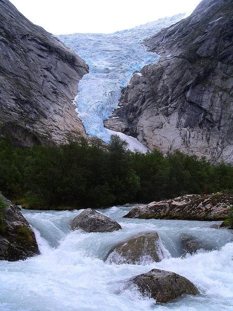 Foto: Andreas Koller / Wander Tour / Gletschererlebnis Briksdalsbreen (150 m) / Erster eindrucksvoller Blick auf den Briksdalsbreen / 04.08.2009 19:17:38