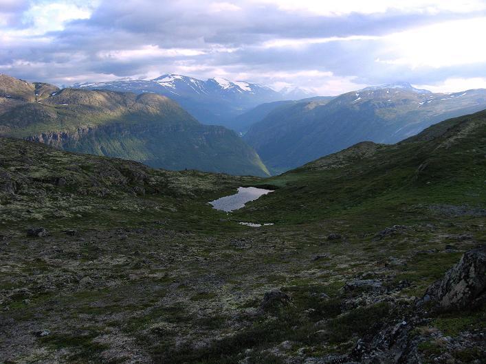 Foto: Andreas Koller / Klettersteig Tour / Klettersteig Lomseggen (1524m) / Blick in den Jotunheimen Nationalpark / 05.08.2009 16:48:11