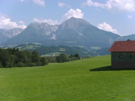 Foto: Johann P. / Mountainbike Tour / Runde um Windischgarsten / Auffahrt zum Geiger - der Pyhrgas kommt langsam wieder näher / 07.08.2009 13:10:10
