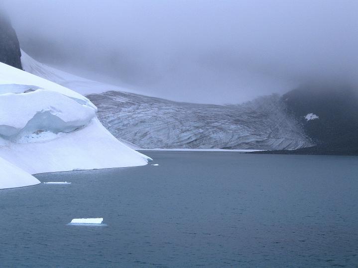 Foto: Andreas Koller / Wander Tour / Galdhopiggen (2469m) - Gletschertour auf den höchsten Berg Nordeuropas  / 07.08.2009 01:12:29