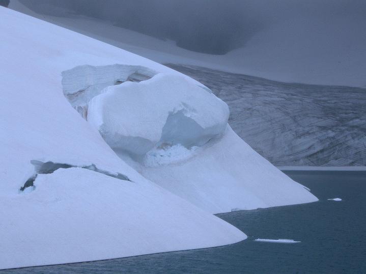 Foto: Andreas Koller / Wander Tour / Galdhopiggen (2469m) - Gletschertour auf den höchsten Berg Nordeuropas  / 07.08.2009 01:12:21