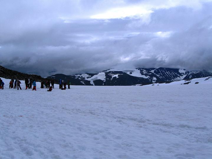 Foto: Andreas Koller / Wander Tour / Galdhopiggen (2469m) - Gletschertour auf den höchsten Berg Nordeuropas  / 07.08.2009 01:10:04