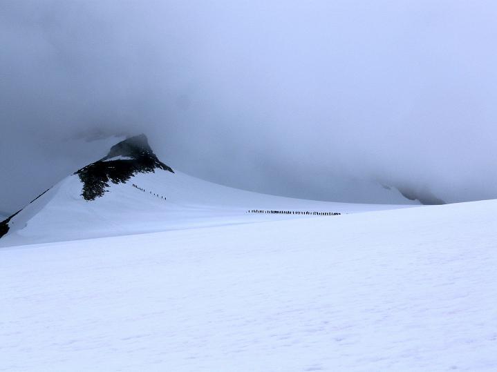 Foto: Andreas Koller / Wander Tour / Galdhopiggen (2469m) - Gletschertour auf den höchsten Berg Nordeuropas  / 07.08.2009 01:09:23