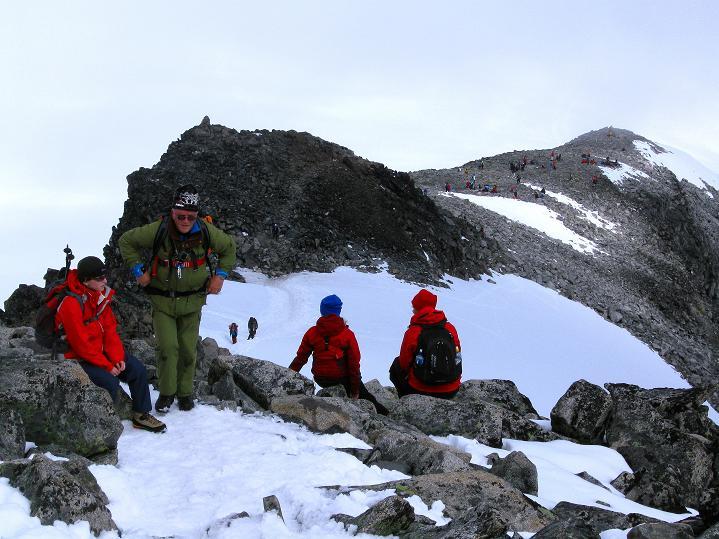 Foto: Andreas Koller / Wander Tour / Galdhopiggen (2469m) - Gletschertour auf den höchsten Berg Nordeuropas  / Am N-Sporn / 07.08.2009 01:04:04