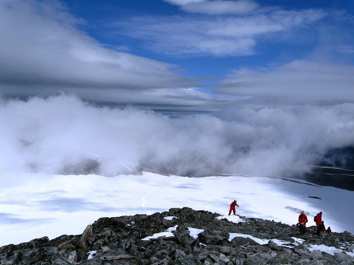 Foto: Andreas Koller / Wander Tour / Galdhopiggen (2469m) - Gletschertour auf den höchsten Berg Nordeuropas  / 07.08.2009 01:02:42