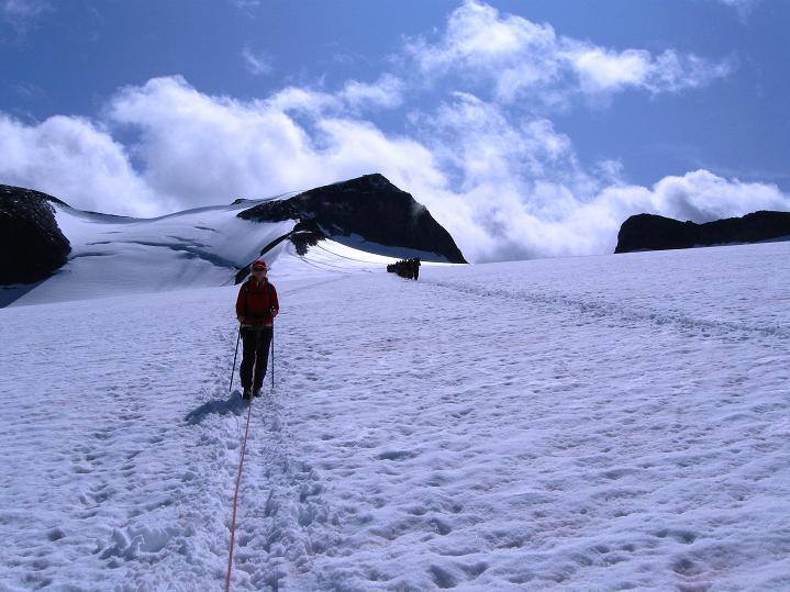 Foto: Andreas Koller / Wander Tour / Galdhopiggen (2469m) - Gletschertour auf den höchsten Berg Nordeuropas  / Am Styggebreen / 07.08.2009 00:49:46