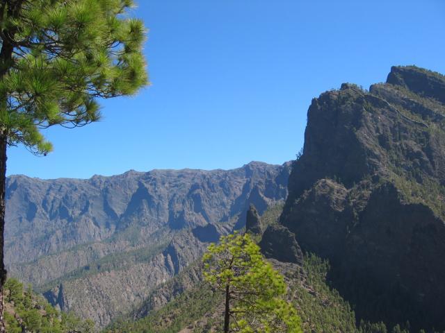 Foto: elipes / Wander Tour / Pico Bejenado / Aufstiegsweg Bejenado / 04.08.2009 12:14:27