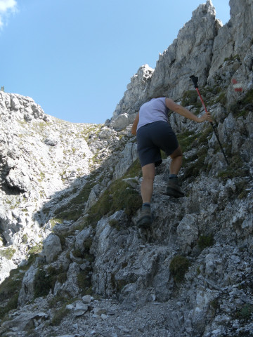 Foto: Wolfgang Lauschensky / Wander Tour / Herbertspitze (2137m) / kurze etwas ausgesetzte Kraxlerei / 24.08.2012 19:15:19