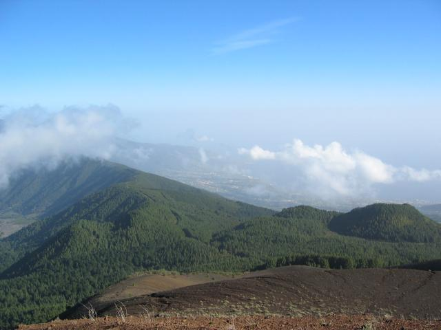 Foto: elipes / Wander Tour / Birigoyo / Blick vom Birigoyo nach Sta. Cruz / 04.08.2009 16:33:05