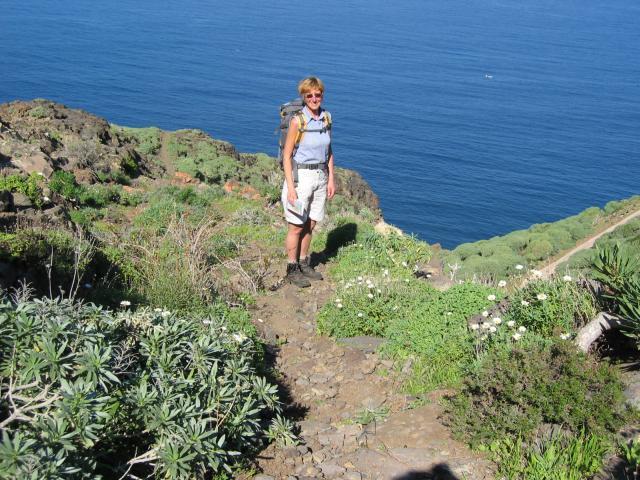 Foto: elipes / Wander Tour / Von Las Tricias zur Lomada Grande / Abstieg zur Lomada Grande / 11.08.2009 08:58:43