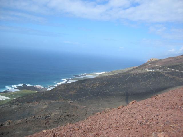 Foto: elipes / Wander Tour / Von Fuencaliente zum Vulkan Teneguia / Blick vom Tenequia nach Westen / 04.08.2009 19:18:49