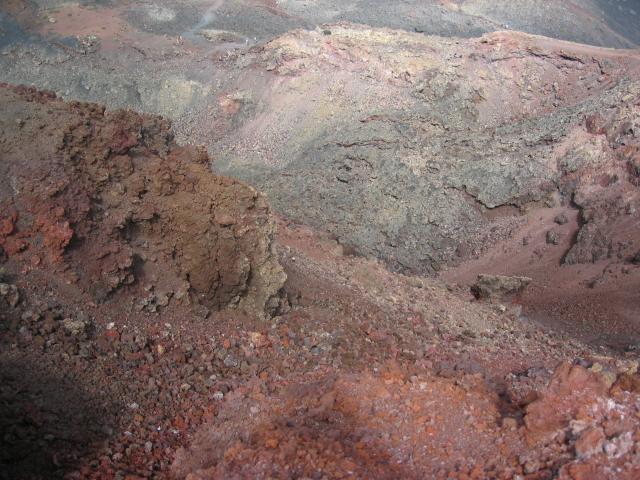 Foto: elipes / Wander Tour / Von Fuencaliente zum Vulkan Teneguia / Vulkankrater / 04.08.2009 19:19:07
