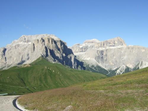 Foto: hofsab / Mountainbike Tour / Rund um den Langkofel über Col Rodela (2484 m) / schweißtreibende Rampe zum Col Rodela / 27.08.2009 21:30:52