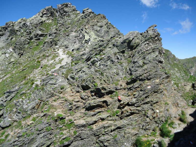 Foto: Günter Siegl / Wander Tour / Über den Gefrorenen See zum Dreistecken-Grat (2449 m) / 04.08.2013 13:10:32