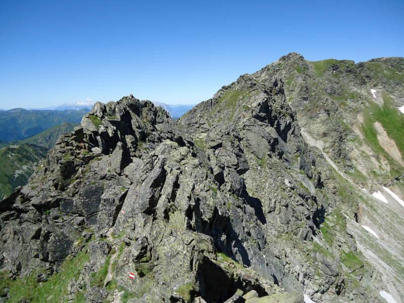 Foto: Günter Siegl / Wander Tour / Über den Gefrorenen See zum Dreistecken-Grat (2449 m) / 04.08.2013 13:11:12