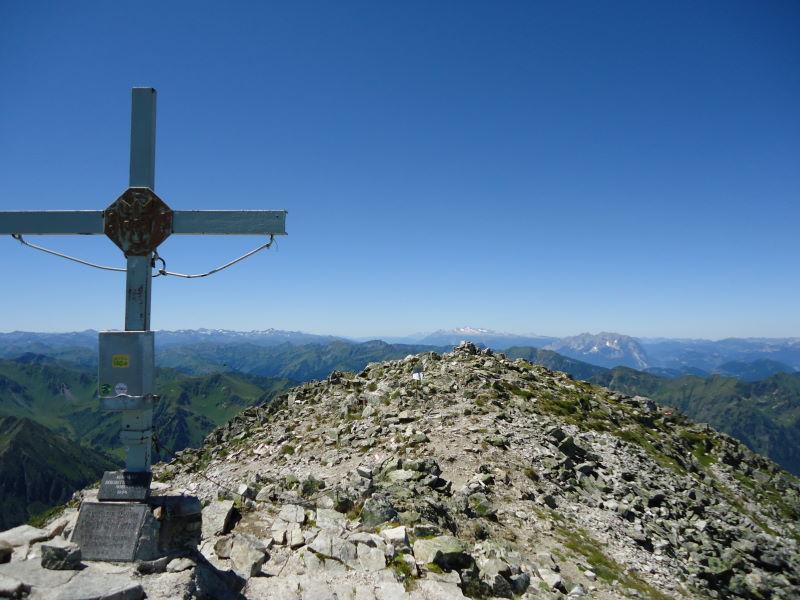 Foto: Günter Siegl / Wander Tour / Über den Gefrorenen See zum Dreistecken-Grat (2449 m) / 04.08.2013 13:11:58