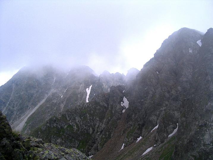 Foto: Andreas Koller / Wander Tour / Über den Gefrorenen See zum Dreistecken-Grat (2449 m) / Der Dreisteckengrat / 07.08.2009 16:48:12