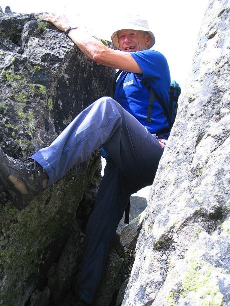 Foto: Andreas Koller / Wander Tour / Über den Gefrorenen See zum Dreistecken-Grat (2449 m) / Engstelle / 07.08.2009 16:39:17