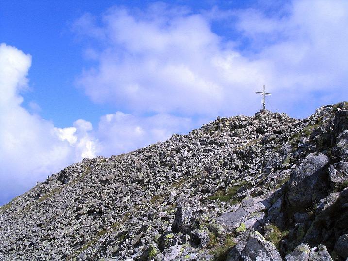 Foto: Andreas Koller / Wander Tour / Über den Gefrorenen See zum Dreistecken-Grat (2449 m) / Der Gipfel ist in Sicht / 07.08.2009 16:37:09