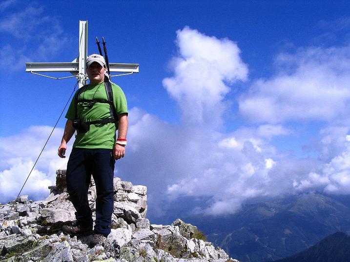 Foto: Andreas Koller / Wander Tour / Über den Gefrorenen See zum Dreistecken-Grat (2449 m) / Am Gipfel des Großen Bösenstein / 07.08.2009 16:36:32