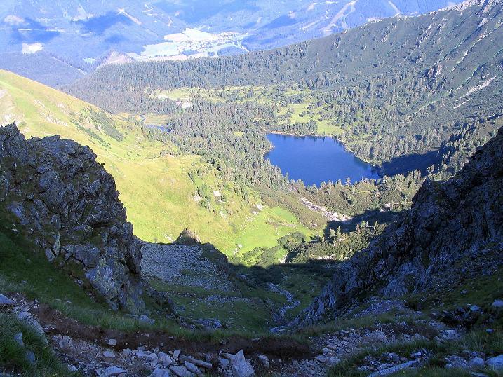 Foto: Andreas Koller / Wander Tour / Über den Gefrorenen See zum Dreistecken-Grat (2449 m) / Tiefblick auf den Großen Scheibelsee / 07.08.2009 16:29:27